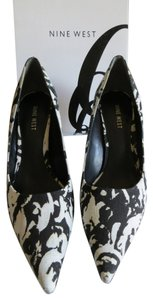 Nine West Black/White Pumps