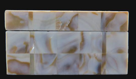 Other ANTIQUE * 1900 * JAPANESE KOMAI WARE & MOTHER OF PEARL BOX Image 7