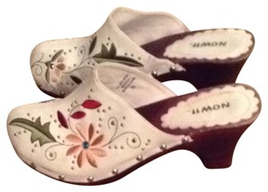 Now White With Multi Color Design Mules