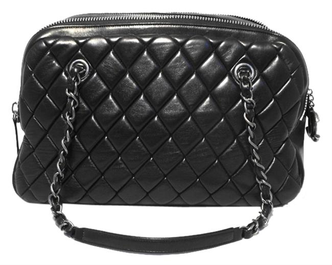 Chanel Quilted Medium Shopper Tote Black Leather Shoulder Bag Chanel Quilted Medium Shopper Tote Black Leather Shoulder Bag Image 1