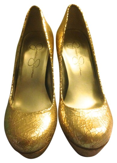 Jessica Simpson Shiny Gold Pumps