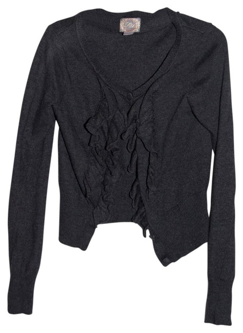 Preload https://item1.tradesy.com/images/forever-21-gray-cardigan-size-4-s-718390-0-0.jpg?width=400&height=650