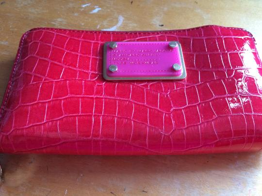 Marc by Marc Jacobs zippered wallet Image 1