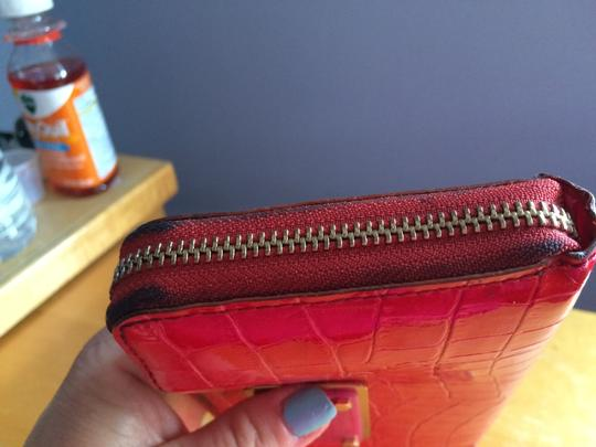 Marc by Marc Jacobs zippered wallet Image 3