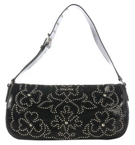 Miu Miu Studded Leather Distressed Mm.ej0914.07 Shoulder Bag