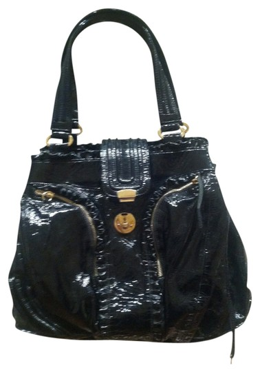 Preload https://img-static.tradesy.com/item/719068/treesje-black-patent-leather-shoulder-bag-0-0-540-540.jpg