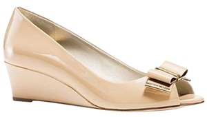 Michael Kors Nude patent Wedges