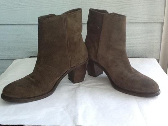Vero Cuoio Italian Leather Made In Italy Stunning Suede Like New Zipper Openings 2 Inch Heels Leather-lined Leather Sole Olive Green Boots