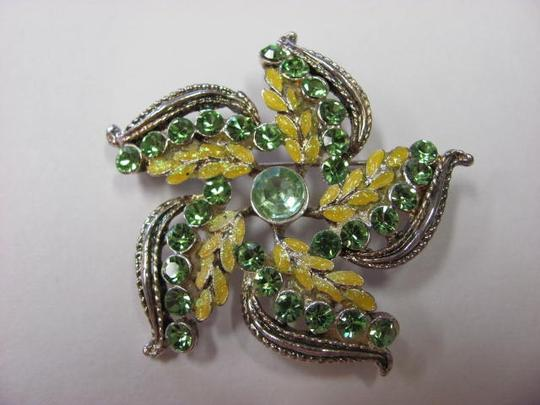Other BROOCH/PIN FLOWER
