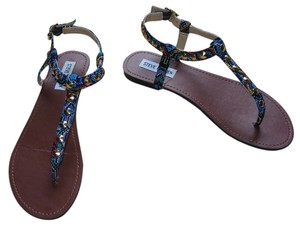 Steve Madden Sling Back Fabric Colorful Size 9 Gold Studs Leather Bright Multi Sandals