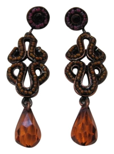 Preload https://img-static.tradesy.com/item/720604/brown-amber-new-designed-earrings-0-0-540-540.jpg