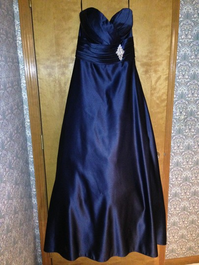 Euro Navy European Satin Style 8020 Formal Bridesmaid/Mob Dress Size 8 (M)