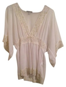Maurices Top White/Gold
