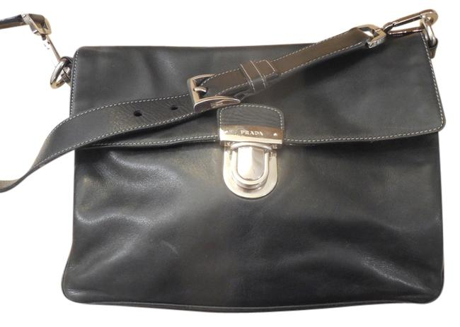 Item - With Buckle Black & Silver Leather Shoulder Bag
