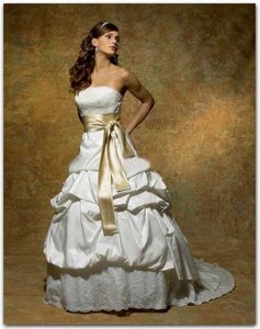 Symphony Bridal Ivory / Gold Taffeta Satin & Lace S1820 Vintage Wedding Dress Size 12 (L)