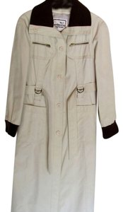 Mulberry Street Vintage Cream Trench Coat