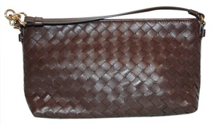 Bottega Veneta Handbag Leather Handbag Leather Leather Purse Leather Pouch Intrecciato Woven Pochette Wristlet in Brown