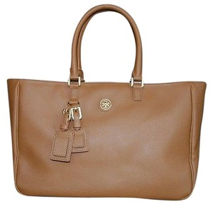 Tory Burch Roslyn In Coated Canvas Hot Tote in LUGGAGE