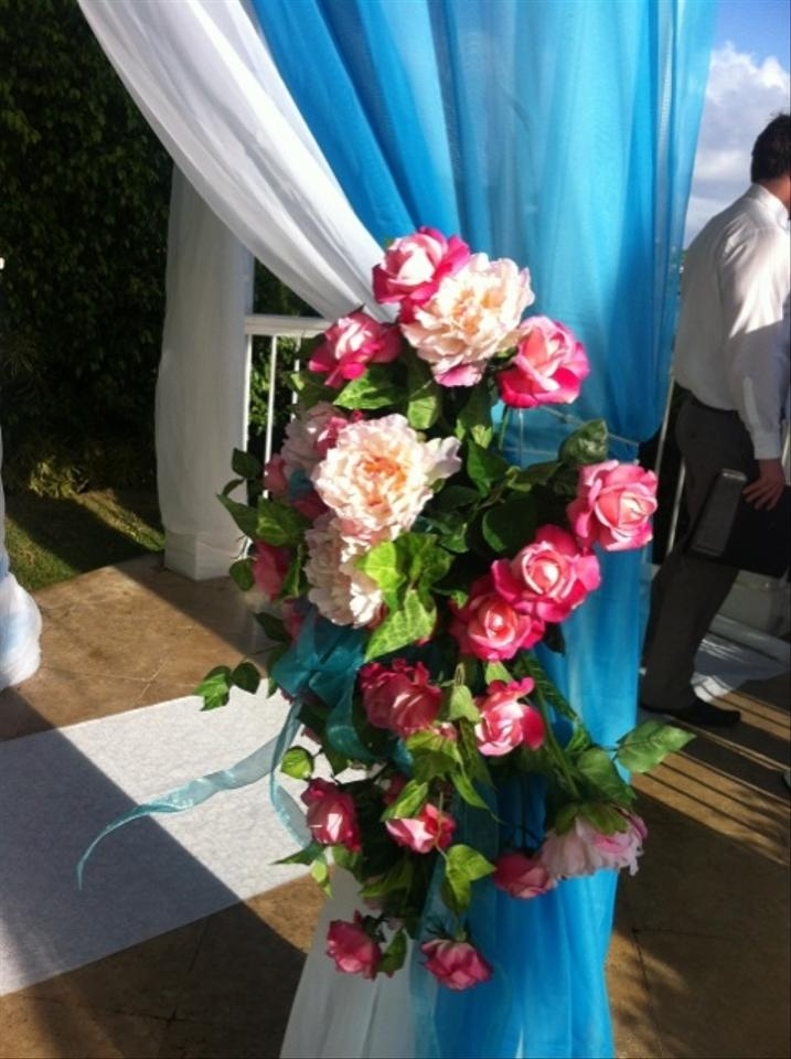 Pink rose flower arrangements arch decor tradesy weddings