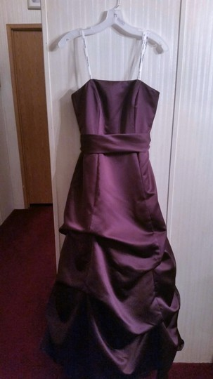 David's Bridal Plum Satin Strapless Formal Bridesmaid/Mob Dress Size 6 (S) Image 1