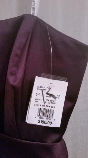David's Bridal Plum Satin Strapless Formal Bridesmaid/Mob Dress Size 6 (S) Image 4