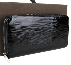 Louis Vuitton Louis Vuitton Black Electric Epi Patent Leather Zippy Zip Around Wallet