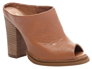 Nine West Leather Tan Mules