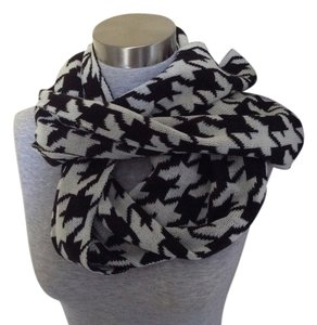 Unk Fabulous houndsooth infinity sweater scarf