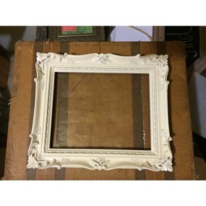 Antique White 8x10 Scroll Frame With Or Without Signature Drink Sign
