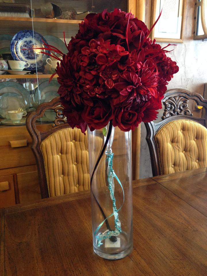 Flowers centerpieces red tiffany blue tradesy weddings