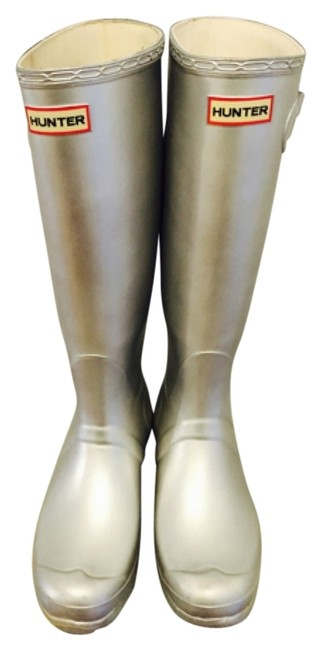 Item - Silver Boots/Booties Size US 9 Regular (M, B)