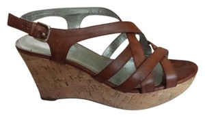 Marc Fisher light brown Wedges