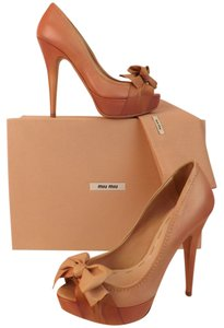 Miu Miu pink Pumps