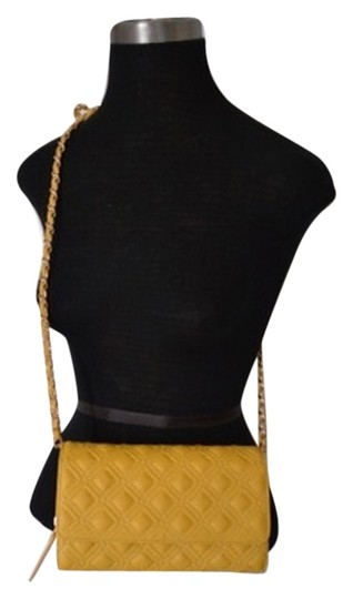 Preload https://img-static.tradesy.com/item/7242082/big-buddha-cross-body-bag-0-2-540-540.jpg