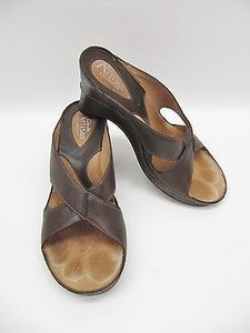 Clarks Artisan Leather Brown Sandals