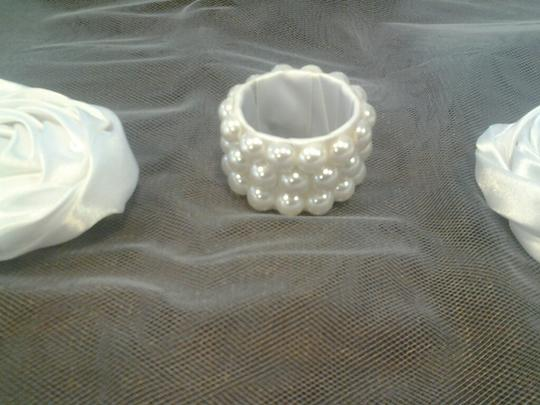 Pearl 100 Reception Party Napkin Rings Tableware