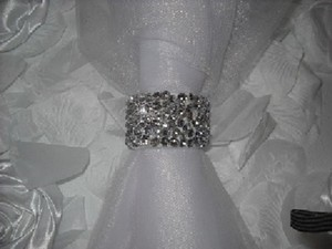 Silver 100 Crystal Diamond Rhinestone Reception Party Napkin Rings Tableware