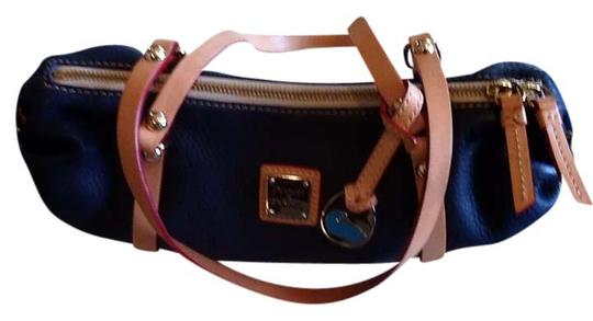 Preload https://item5.tradesy.com/images/dooney-and-bourke-purse-designer-blue-leather-clutch-725424-0-0.jpg?width=440&height=440
