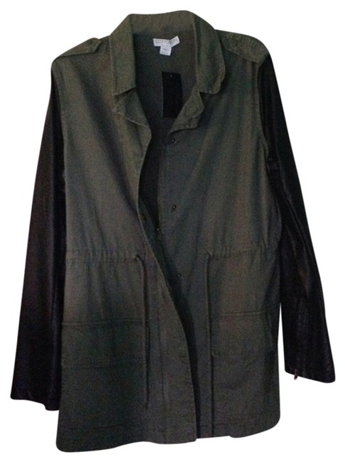 Preload https://img-static.tradesy.com/item/725465/cotton-on-olive-miltary-jacket-size-8-m-0-0-650-650.jpg