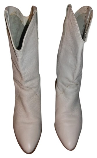 Nine West white Boots