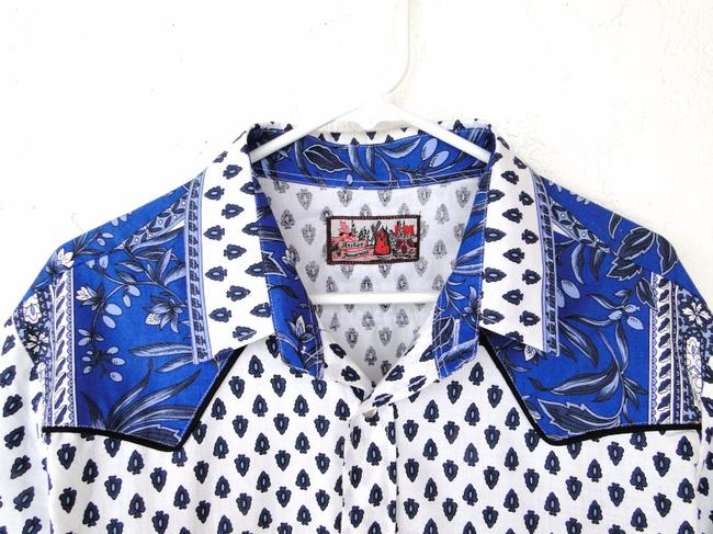 Atelier Provencal Western Wear Button Down Shirt Blue on White