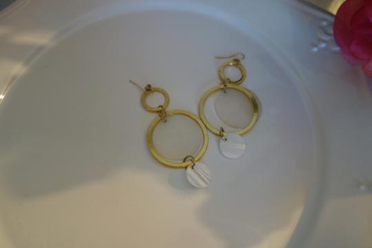 Unknown Beautiful Statement Earrings Golden and Pearl