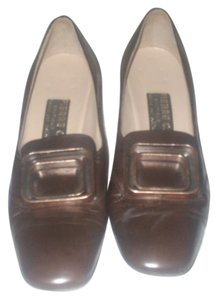 Pierre Cardin Realise Par Natale Ferrara Brown Pumps