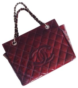 Chanel Oxblood Petit Shopper Patent Leather Satchel in Burgundy