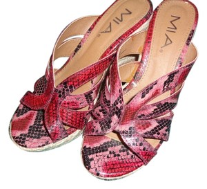 Mia Shoes Strappy Straw Wedge Heel Red - multi shades Wedges