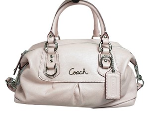 Coach Satchel in Light pink