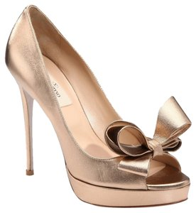 Valentino Metallic Leather Open Toe Bow Peep Toe 39 8.5 Wedding Bride Formal Platform Prom Gold Pumps