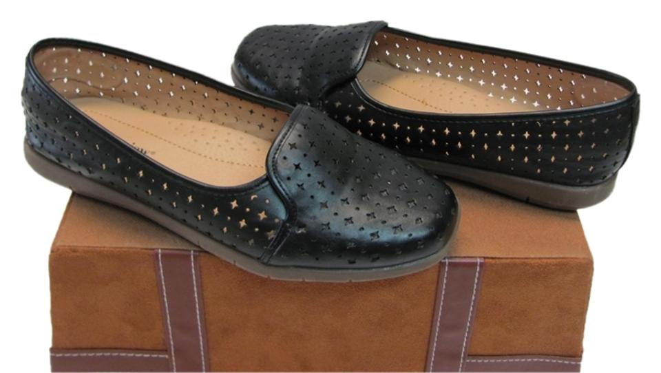 d9292408348 Comfortview Black Very Good Condition Cut Out Design Flats. Size  US 8 Wide  ...