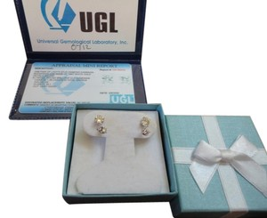 UGL Certifide Diamond Stud Earrings Set 18K White Gold