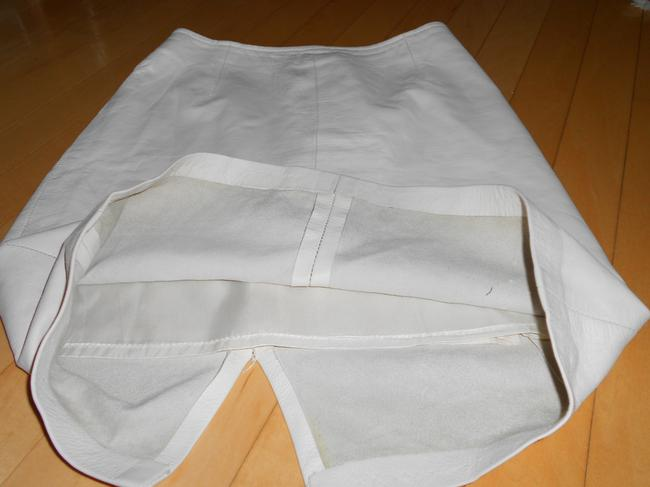 DERO ENTERPRISES BY ROCCO Size 8 Leather Cream Pencil Skirt WINTER WHITE